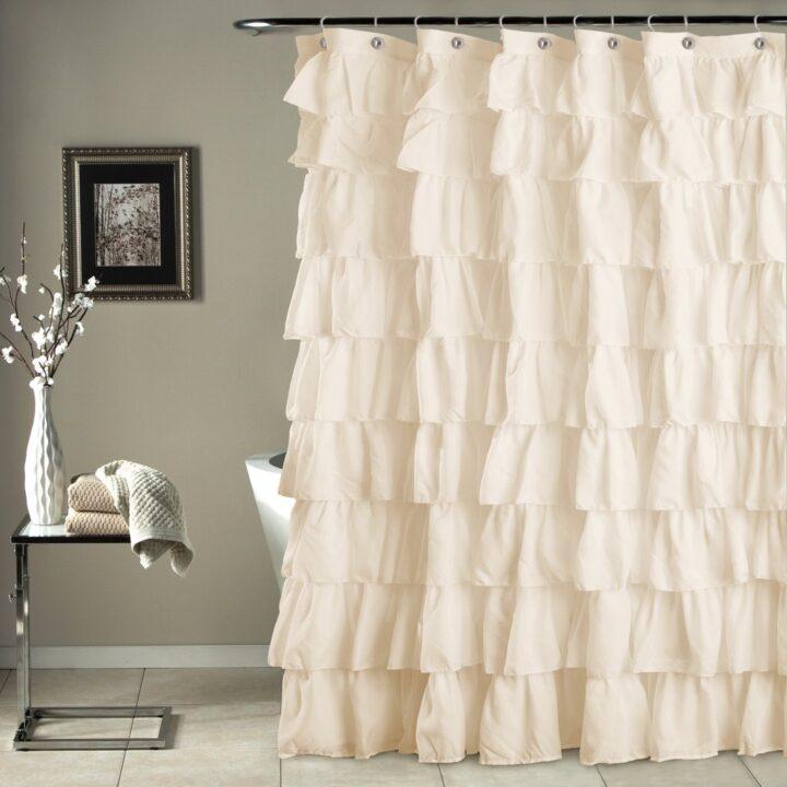 Zanimljive zavese za tuš kade