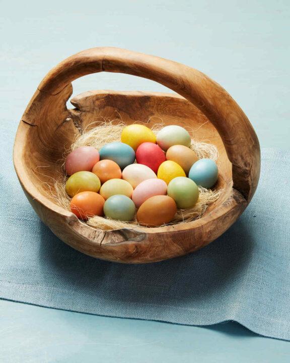 7 prirodnih načina da ofarbate uskršnja jaja