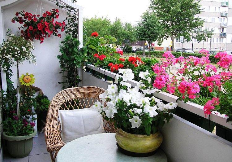Uredite svoj balkon i uživajte u proleću